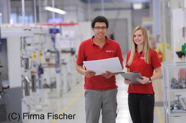 2015-Metallfeinbearbeiter-Fischer01